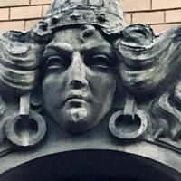 Химери, рицарі, маскарони: кам'яні обличчя Франківська