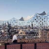 Будівництво на контрасті традицій і сучасності (ФОТО)