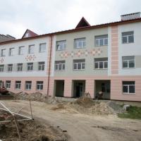 В Яремче продовжують будувати новий корпус школи. ФОТО