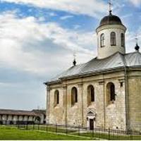 За п'ять років на Прикарпатті паспортизують 350 пам'яток архітектури