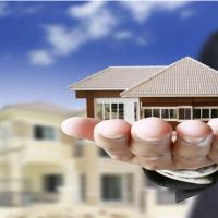 Податок на нерухомість: влада хоче наростити показники
