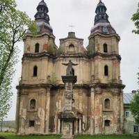 Величава пам'ятка бароко Прикарпаття: костел у Гвіздці
