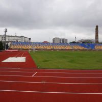 В Івано-Франківську легкоатлетичний стадіон ІФНТУНГ готують до масштабних змагань. ФОТО