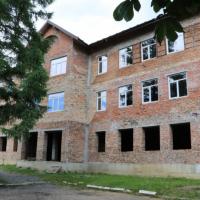 Багатостраждальну школу в селі Чорний потік почнуть добудовувати у серпні