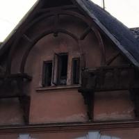 У Франківську ще одна пам'ятка архітектури тріщить по швам. ФОТО
