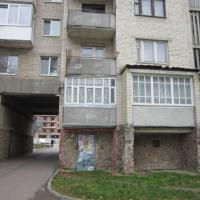 У Франківську за 300 тисяч продають приміщення в підвалі багатоповерхівки. ФОТО