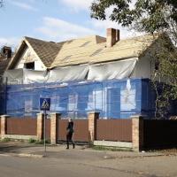 Відновлення чи вандалізм: у Франківську власник без дозволу ремонтує архітектурну пам'ятку
