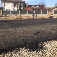 З'єднання бульварів: дорожники уклали один із шарів асфальтобетону зі сторони вулиці Тичини. ФОТО