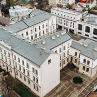 У Франківську відкриють новий корпус ліцею з електростанцією на даху. ФОТО