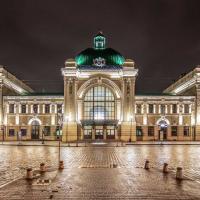 Франківськ 100 років тому і сьогодні: Залізничний вокзал. ФОТО