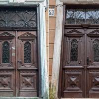 Ще одні франківські двері повернулись на місце після реставрації. ФОТО