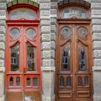 """""""У кожних є своя історія"""": за 2020 рік у Франківську відреставрували 11 автентичних дверей"""