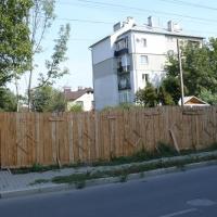В Івано-Франківську виявлено факт приватизації частини вулиці Вербицької. Фото