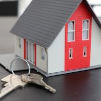 Українці платитимуть податки на квартири і будинки по-новому