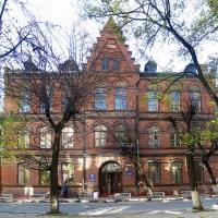 У Франківську реставрують єдиний місцевий будинок у стилі неоготики - колишню жіночу семирічну школу 1895 року. Фото