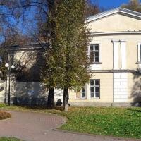 Знайомимось з історичними будівлями Івано-Франківська. Палац Потоцьких. Фото