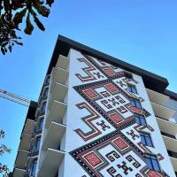 У Франківську на фасаді ЖK «Хмельницький» з'явився автентичний стінопис. ФОТО