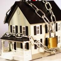 Конфіскація житла за борги: хто, за що, коли і як?